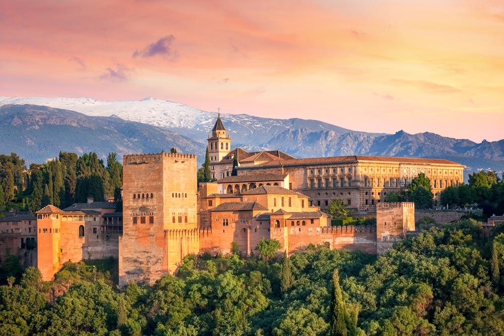 Zwiedzanie Alhambry podczas wyjazdu incentive do Andaluzji.
